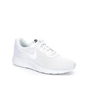 Nike Tanjun Women's Running Shoe - Size 7